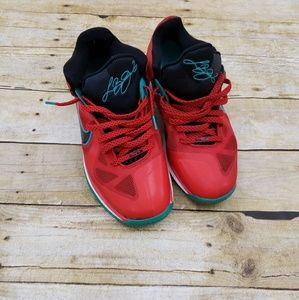 Nike Lebron James 9 lows liverpool mens sneakers